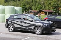 2015-honda-hr-v-spied-inside-out-photo-gallery-1080p-2.jpg