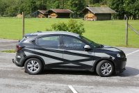 2015-honda-hr-v-spied-inside-out-photo-gallery-1080p-4.jpg