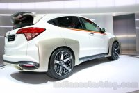 6_Honda-HR-V-Mugen-Concept-rear-three-quarters-at-the-2014-Indonesian-International-Motor-Show.jpg