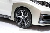 17_Honda-HR-V-Mugen-Concept-wheel-at-the-2014-Indonesian-International-Motor-Show.jpg