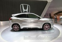3_Honda-HR-V-Modulo-Concept-at-the-2014-Indonesian-International-Motor-Show.jpg