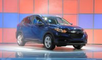2016-honda-hr-v-debut-at-2014-los-angeles-auto-show_100490767_h.jpg