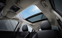 6_Panoramic-Sunroof.jpg