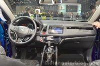Honda-HR-V-dashboard-at-2015-Geneva-Motor-Show.jpg